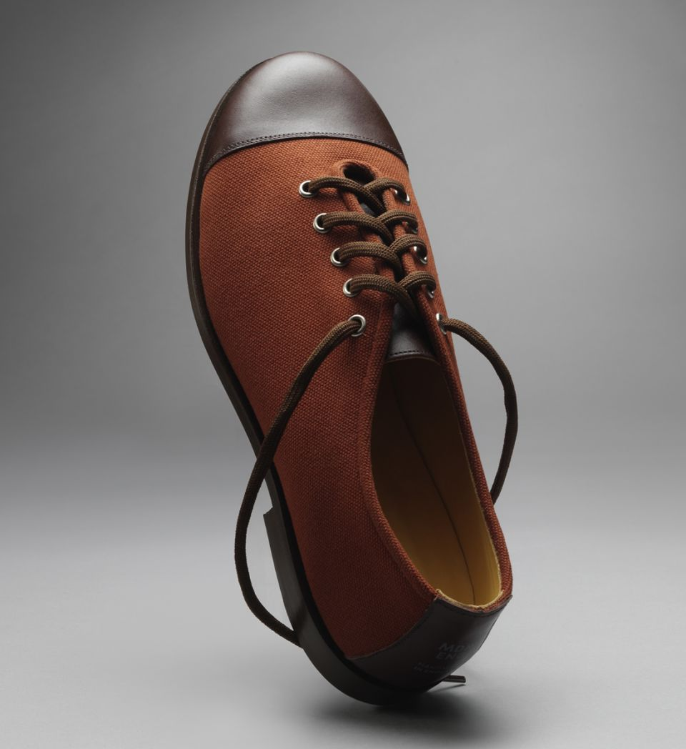 Modern English - handmade canvas shoe (Brown)