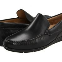 ecco classic Moc black leather