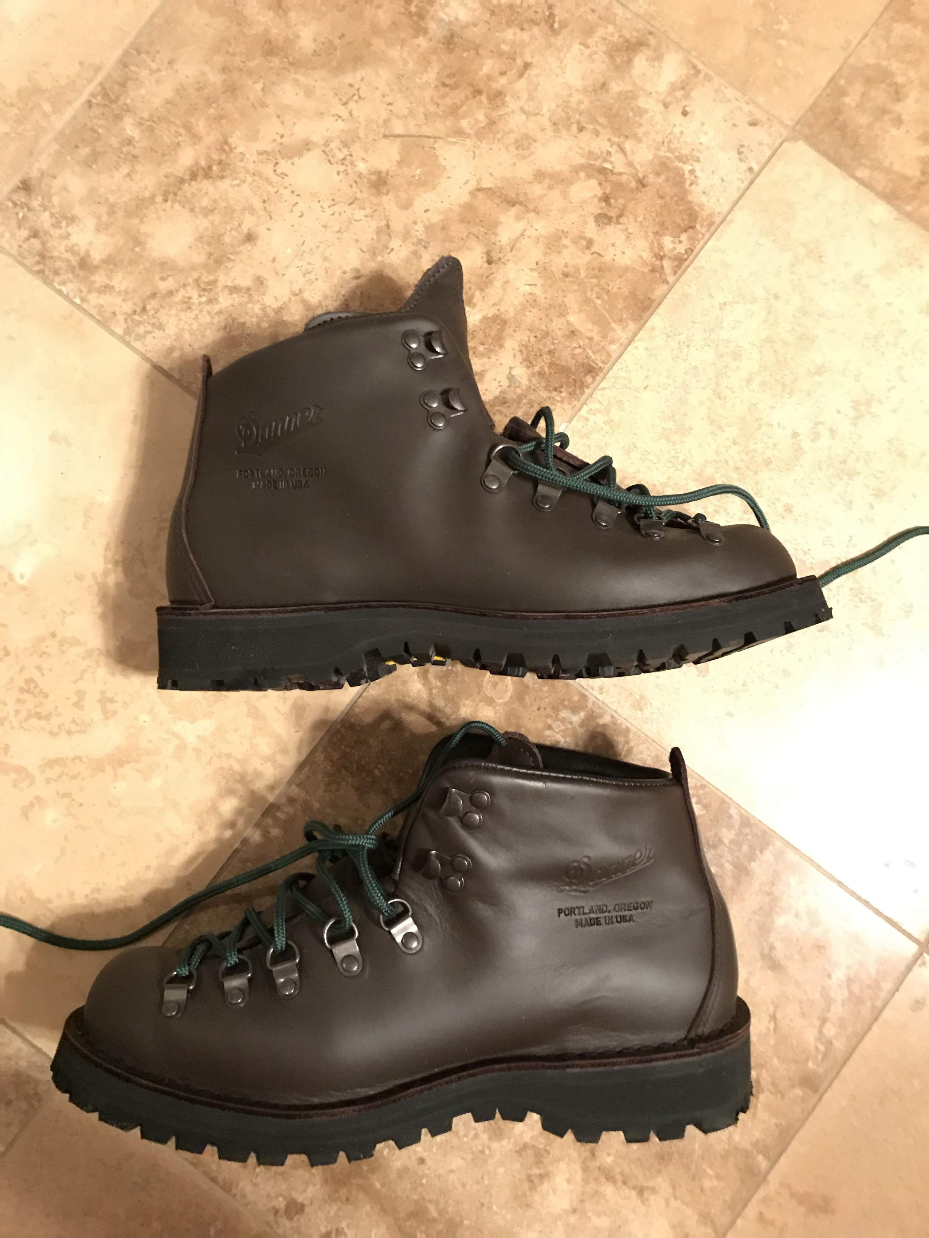 boots ii light leather home mountain idea regard gtx for lighting your remodel with men outdoor to danner