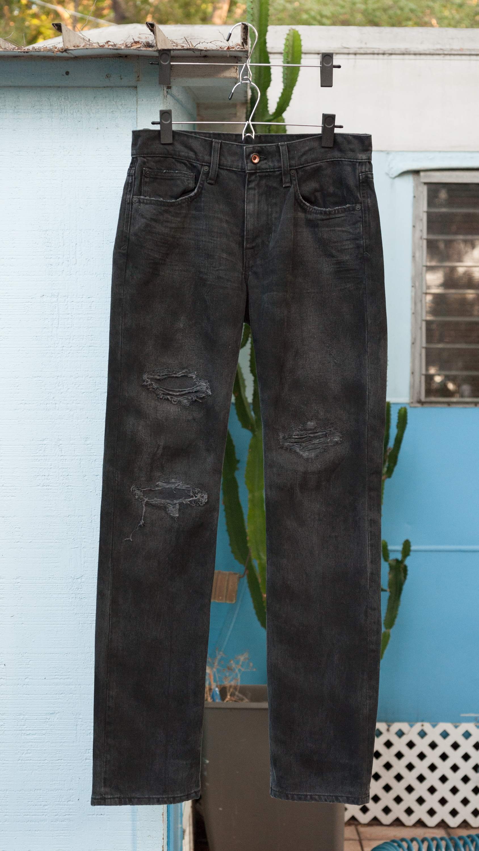 Joe's Jeans Vintage Reserve 1971 Brixton slim straight, sz. 33/34 actual, double black, factory distressed, NWOT